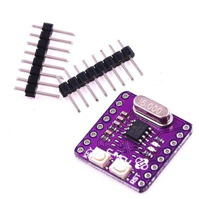 Placă de dezvoltare cu microcontroller PIC16F1823